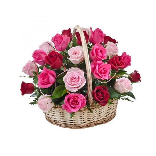 "Корзина из 25 роз ""Лесные ягоды"": букеты цветов на заказ Flowwow"