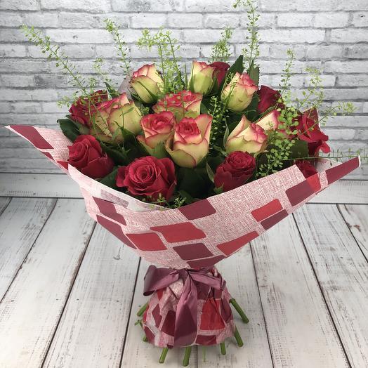 Весёлая карусель: букеты цветов на заказ Flowwow