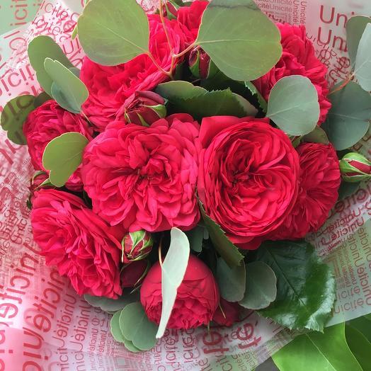 Красные розы Ред пиано: букеты цветов на заказ Flowwow