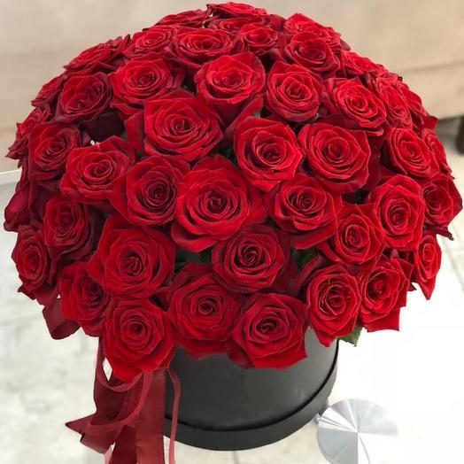 Красная роза вау в шляпной коробке
