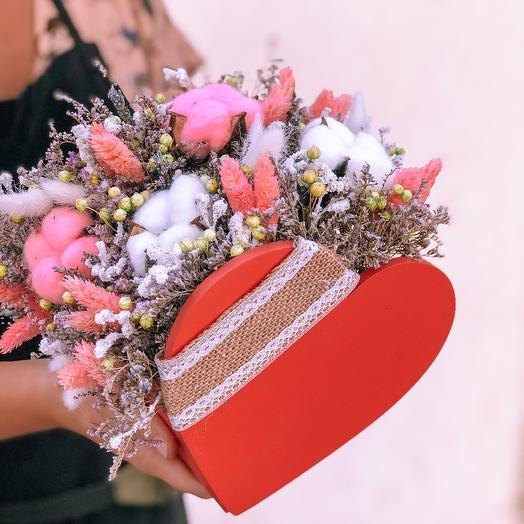 Сердечко с сухоцветами