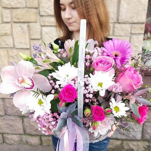 """Корзина с цветами """"Рассвет любви"""""""