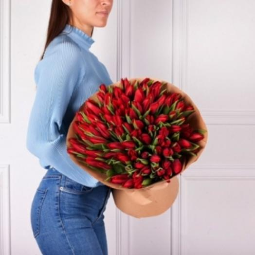 BOUQUET OF 101 RED TULIPS IN KRAFT PAPER