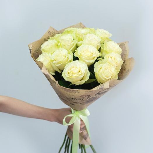 Букет из 15 белых роз Эквадор 60 см