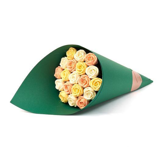Букет из 19 шоколадных роз B19-Z-BOJ