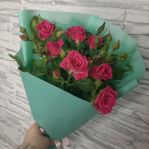 Комплимент с кустовой розой