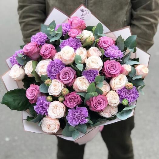 Букет Романтики из кустовой розы