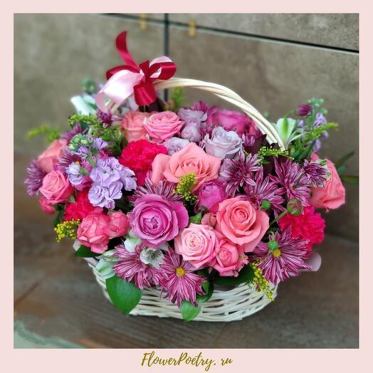 Корзина с цветами Делаин