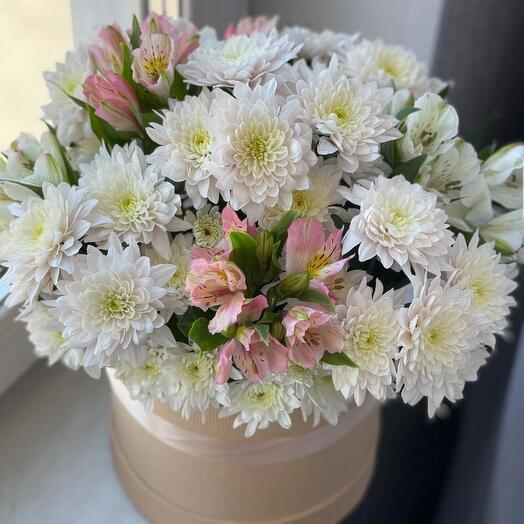 Цветы в коробке «Нежная»