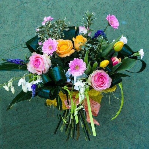 Взрыв цветочных красок: букеты цветов на заказ Flowwow
