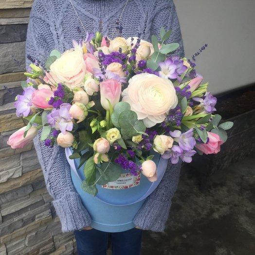 Весна в коробочке: букеты цветов на заказ Flowwow