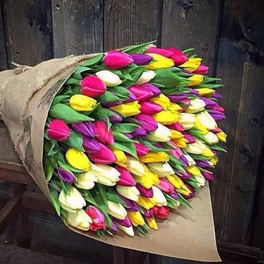 101 микс тюльпан к 8 марта