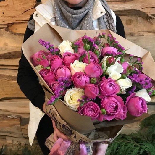 Букет с пионовидной кустовой розой: букеты цветов на заказ Flowwow