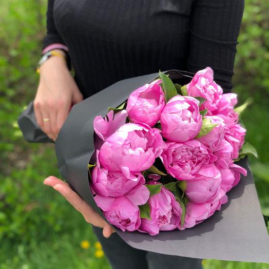 Малиновые пионы (только в Алматы): букеты цветов на заказ Flowwow