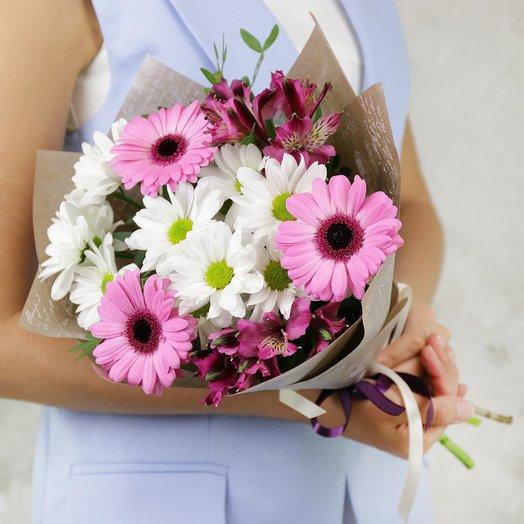 Букет из гербер, хризантем и альстромерий: букеты цветов на заказ Flowwow