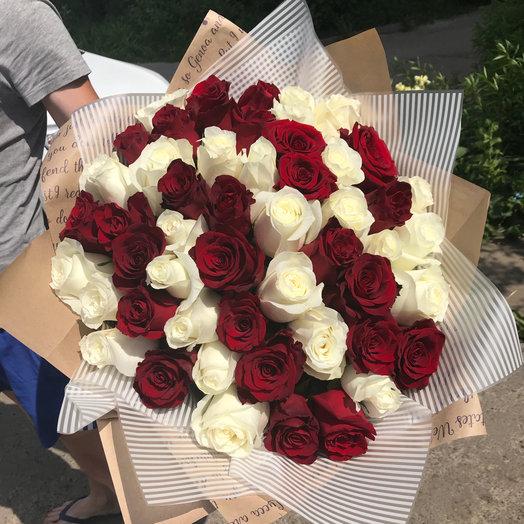 Букет по АКЦИИ из 51 красно-белой розы