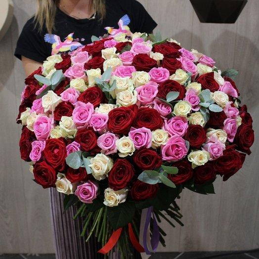 151 роза: букеты цветов на заказ Flowwow