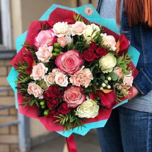 Любимой женщине - Сборный букет: букеты цветов на заказ Flowwow