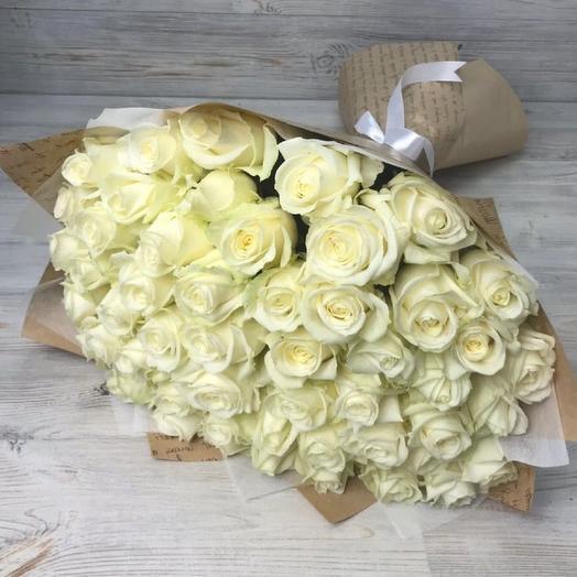 51 белоснежная роза: букеты цветов на заказ Flowwow