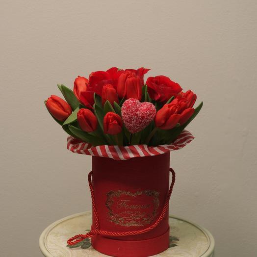 Коробка с  любовью: букеты цветов на заказ Flowwow