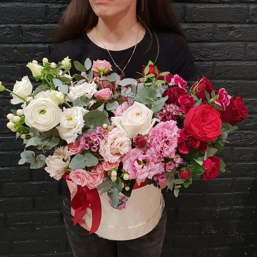 Большая коробка градиент: букеты цветов на заказ Flowwow