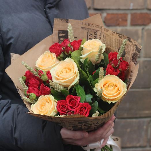 Букет из роз и пшеницы: букеты цветов на заказ Flowwow
