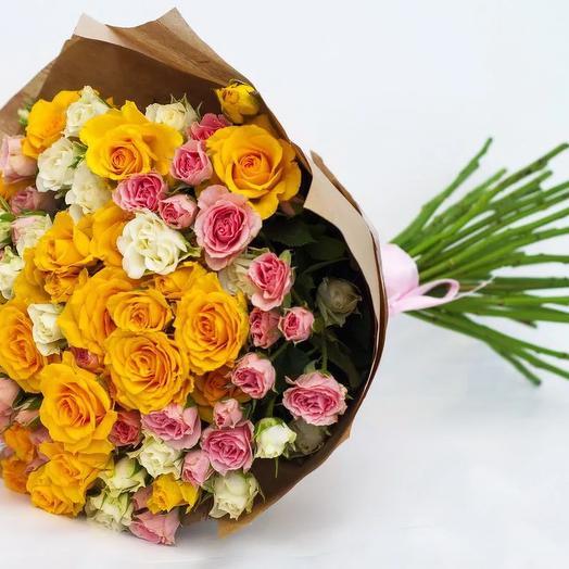 "Букет из кустовых роз ""Ветер надежды"": букеты цветов на заказ Flowwow"