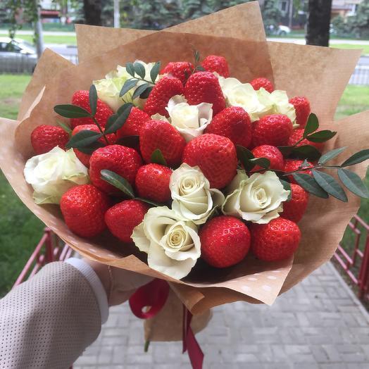 Клубничка: букеты цветов на заказ Flowwow