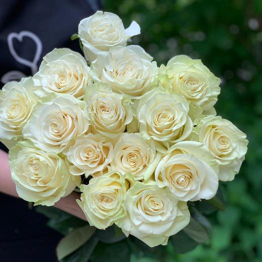 Bouquet of 15 white local roses 50 cm: flowers to order Flowwow