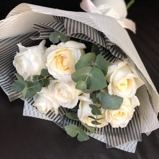 Bouquet of white roses and eucalyptus