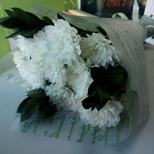 Белые хризантемы: букеты цветов на заказ Flowwow