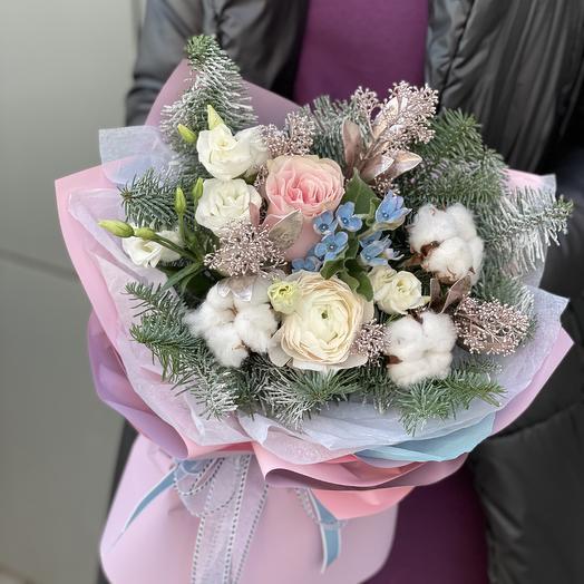 Букет Заветное желание из нобилиса, хлопка, розы и скиммии