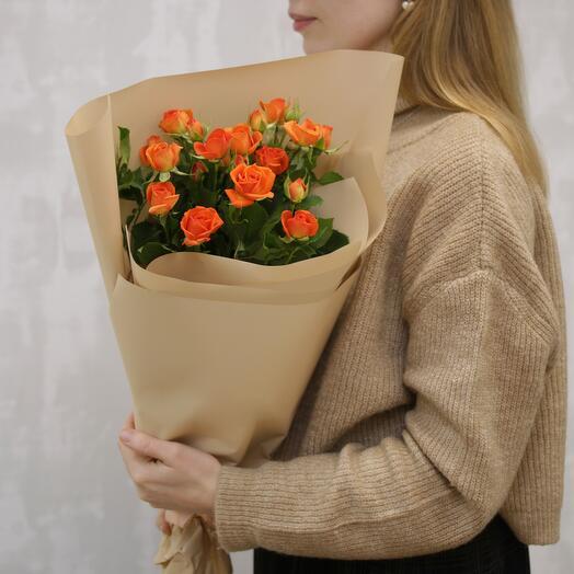 Букет из 3 оранжевые высокие кустовые розы 60-70 см (Кения)