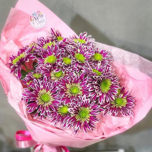 5 хризантем с оформлением