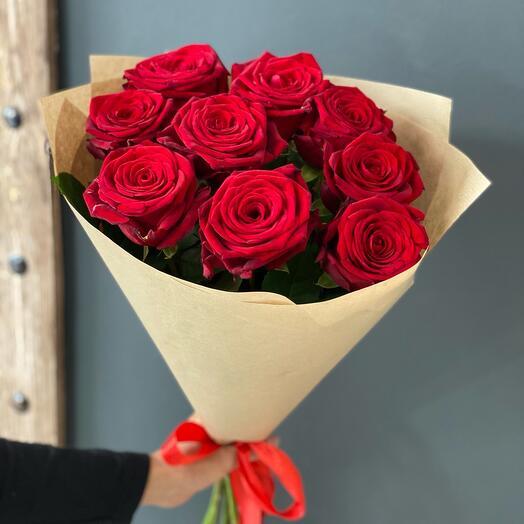 9 роз премиум в крафте