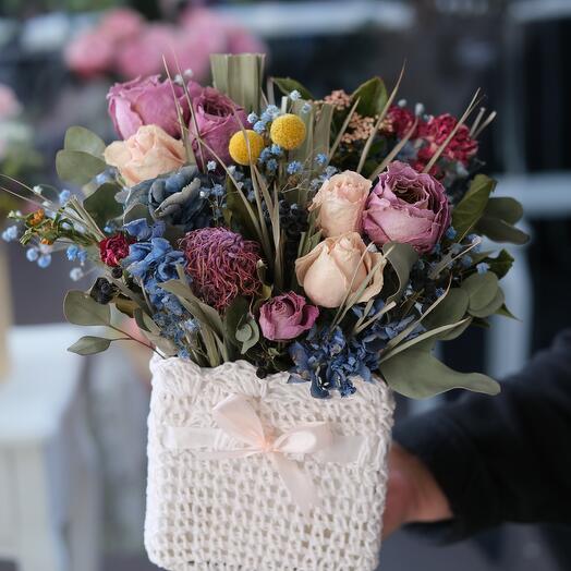 Композиция из засушенных цветов