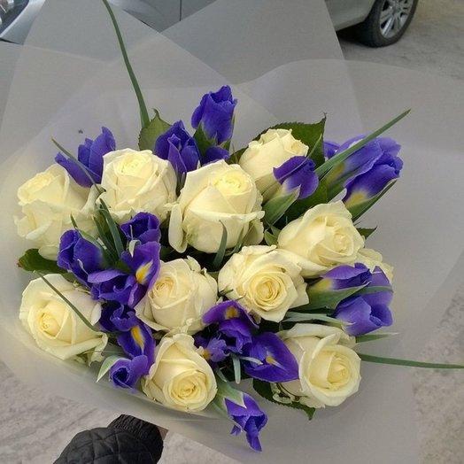 Букет из роз и ирисов: букеты цветов на заказ Flowwow
