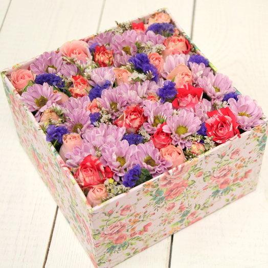 Коробочка с цветами Маленькое чудо: букеты цветов на заказ Flowwow