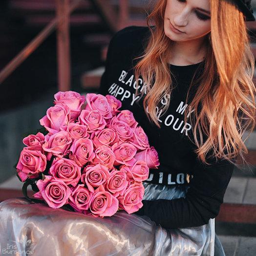 Букет из 25 розовых голландских роз 50 см: букеты цветов на заказ Flowwow