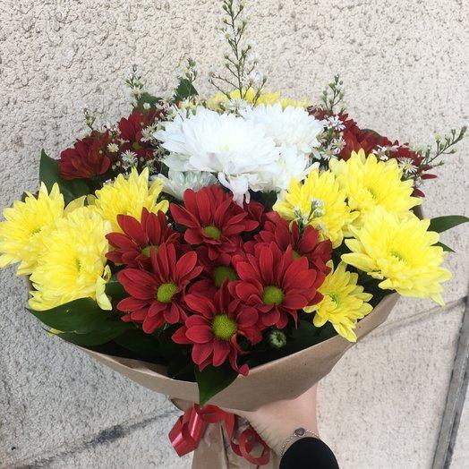 Букет  из 7 веток хризантем: букеты цветов на заказ Flowwow