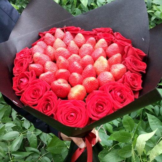 """""""Вкусняшки"""": букеты цветов на заказ Flowwow"""