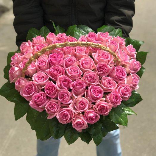 Корзины с цветами. Розы. Сердце из роз. 51 роза. N140