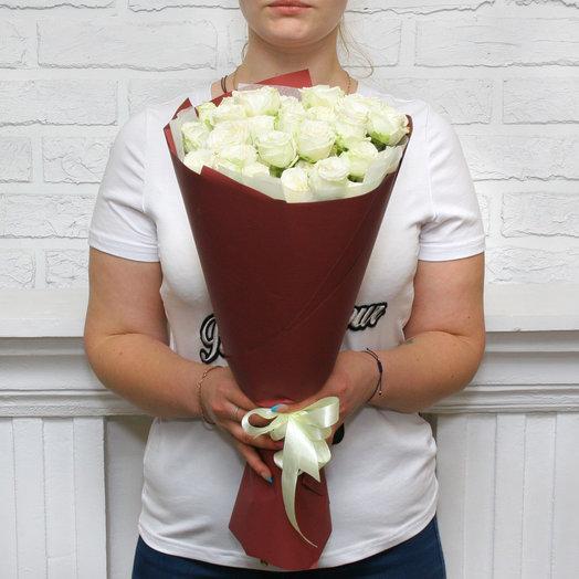 """Букет из 11 белых кустовых пионовидных роз """"Мисс Бомбастик"""""""