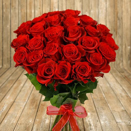 """Букет из 25 красных роз """"Фридом"""": букеты цветов на заказ Flowwow"""