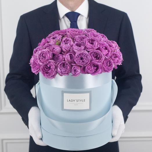 Кустовая роза Misty Bubbles в шляпной коробке L: букеты цветов на заказ Flowwow