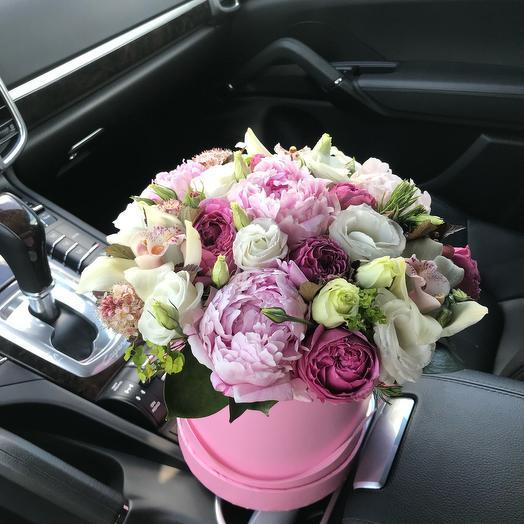 Роскошь и элегантность: букеты цветов на заказ Flowwow
