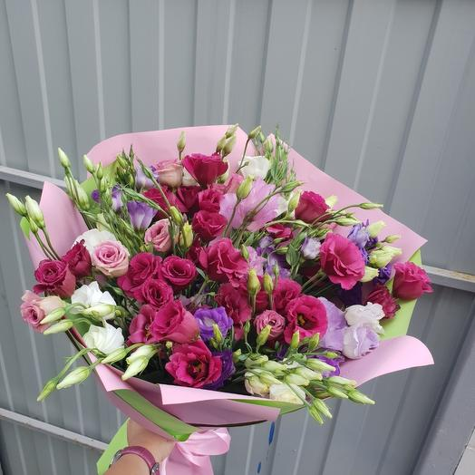 Букет из 21 эустомы: букеты цветов на заказ Flowwow