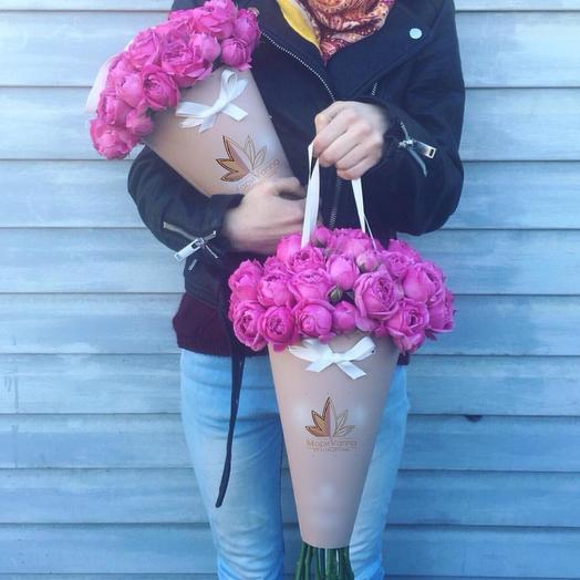 Пионовидная роза в конусе: букеты цветов на заказ Flowwow