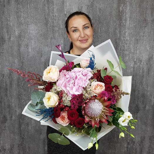 Радужная феерия: букеты цветов на заказ Flowwow