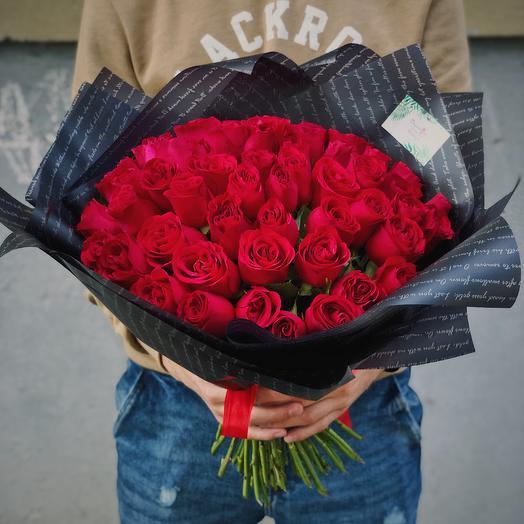Букет из 55 красных роз 50 см: букеты цветов на заказ Flowwow
